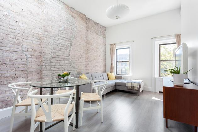 Learn how to get a buyers' agent commission rebate when buying a home in NYC